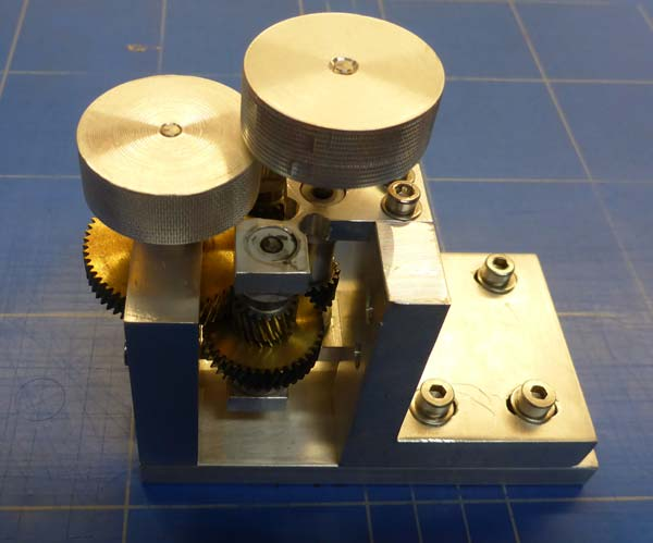 HTS-3-B-Multi-axial-deployment-Mechanism_DLR_National_Programme