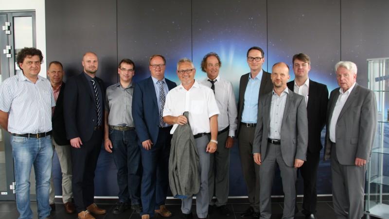 Member of the Bundestag Lothar Riebsamen visits space SMEs